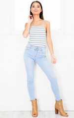 Amber Rose skinny jeans in light wash