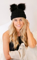 Fury Friend beanie in black
