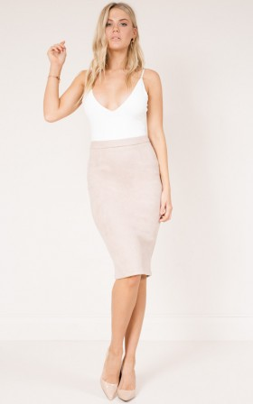 Close To Cove skirt in nude suedette