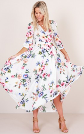 Retro Romance maxi dress in white floral