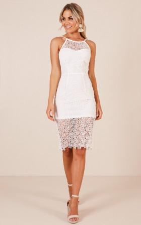 The Crossfire dress in white crochet