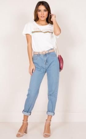 Angelina mum jeans in mid wash denim