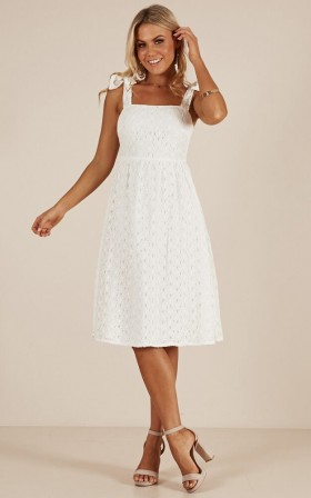 Early Light dress in white lace