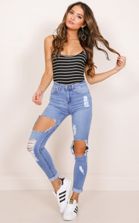 Tylah skinny jeans in mid wash