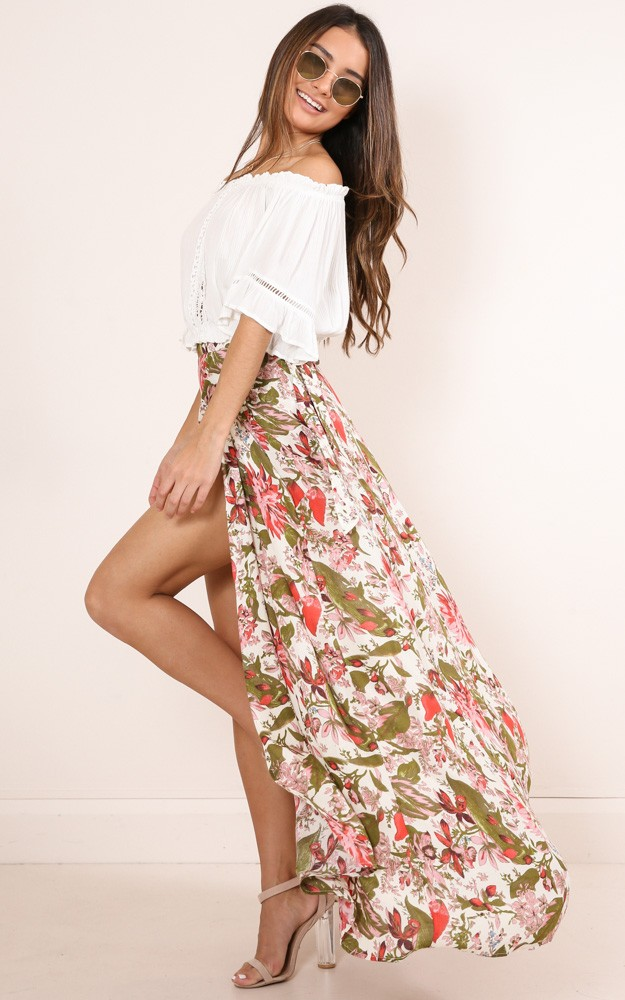 /a/l/all_time_maxi_skirt_in_white_tropical_floralro.jpg