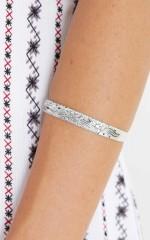 Hollow bracelet in antique silver