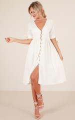 Cold Heart dress in cream linen look