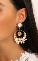 Daisy Dreams earrings in gold