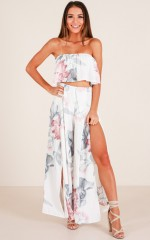 Daydreamer pants in white floral