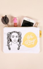 Famous Flames Accessory Pouch - Queen-B