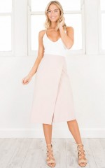 Grounded Culottes in beige