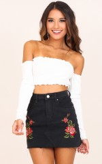 Hypnotized crop top in white
