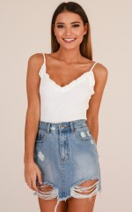 Insecure top in white