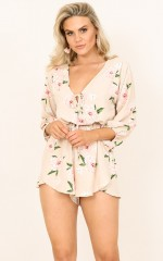Loretta playsuit in beige floral