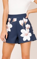 Passenger shorts in navy floral
