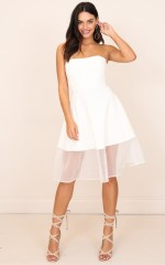 Picture Perfect dress in white