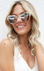Quay - Super Girl sunglasses in gold