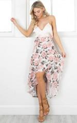 Sweet Dancer skirt in white floral