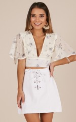 Live Sweetly top in Yellow floral