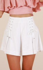 Tuscany shorts in white