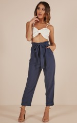 Sense Of Touch pants in navy linen look