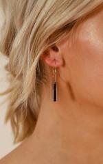In Your Dreams earrings in gold