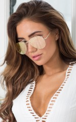 Stare Down Sunglasses in Rose Gold