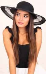 Sia hat in  black