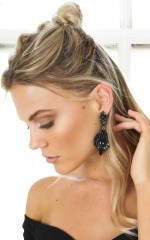 Wasting Time earrings in black