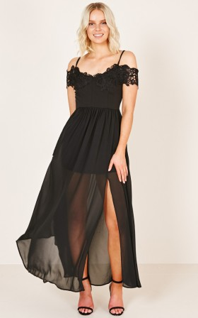 Run The Night Dress in black