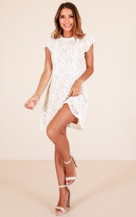 Sweet Angel dress in white lace