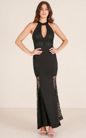 Lady Lace maxi dress in black