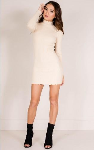 Marshmellow knit dress in nude
